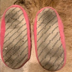 Urban Outfitters Shoes - Fuzzy slippers size 6 1/2-7